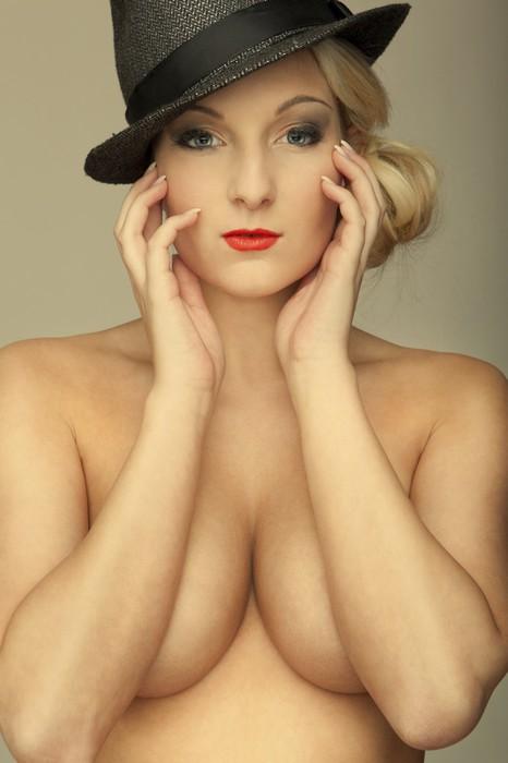 fotografii-devushek-golih-blondinok