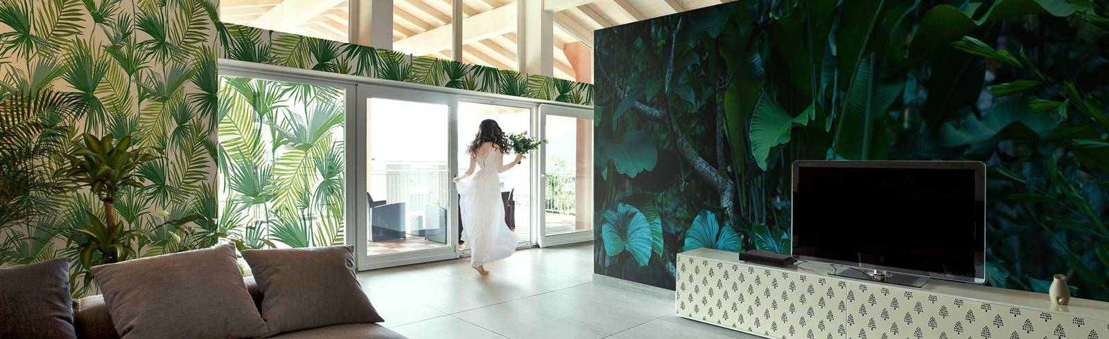 Wallpaper, Wall Mural & Stickers - Living Room in a Tropical Forest