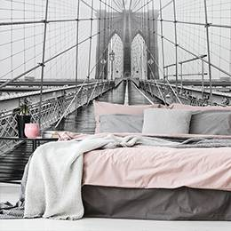 Wall mural - Brooklyn Bridge in black and white