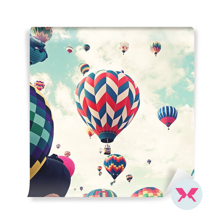 Wall mural - Balloons in flight