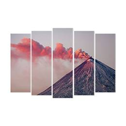 Wall mural - An active volcano