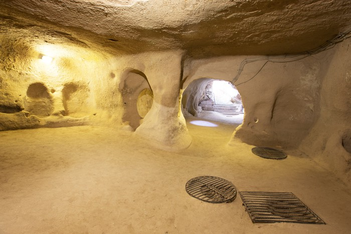 Vinylová Tapeta Derinkuyu jeskynní město v Turecku Cappadocia - Památky