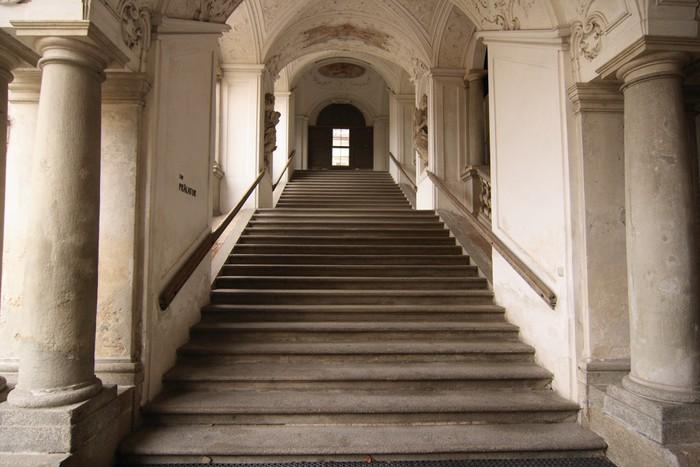 Papier peint escalier baroque autriche pixers nous - Papier peint escalier ...