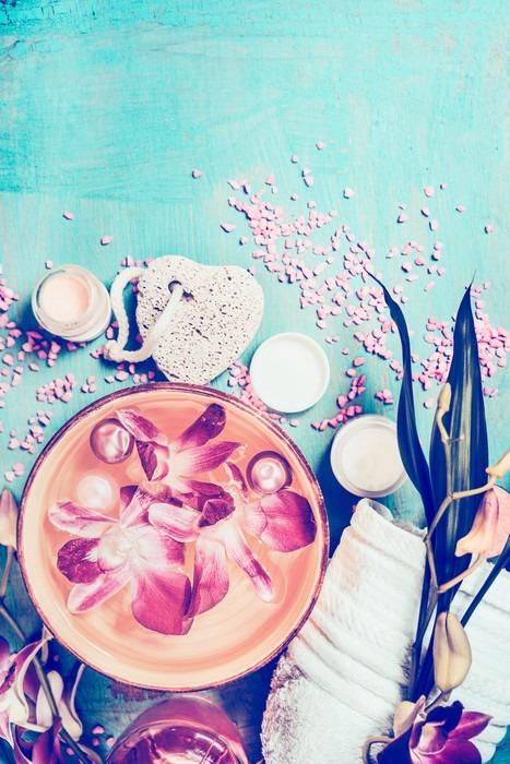 Spa wellness blumen  Fototapete Wellness-Einstellung mit Orchideen Blumen in der Schüssel ...