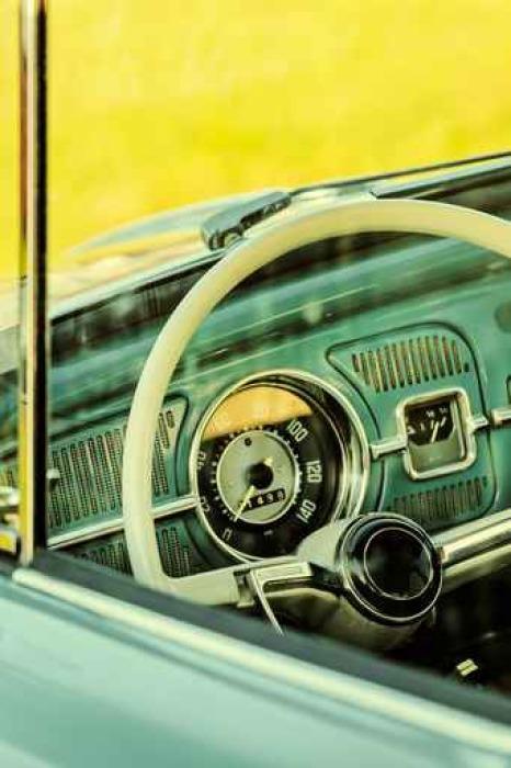 Fototapete Retro Stil Bild des Inneren eines klassischen Autos ...