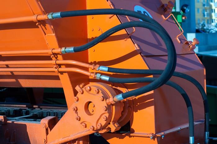 Vinylová Tapeta Hydraulické hadice traktoru - Stroje