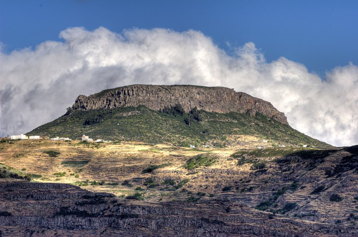 Vinylová Tapeta Tafelberg und wolken - La Gomera - HDR - Evropa