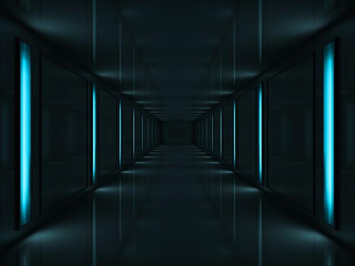 Papier Peint Vinyle 3d couloir sombre avec des lampes bleues sur les murs -