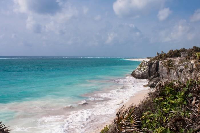 Vinylová Tapeta Ruiny Tulum a bílé pláži v Mexiku - Amerika