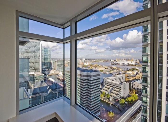 Fototapete blick aus dem fenster  Fototapete Blick durch bodentiefe Fenster • Pixers® - Wir leben, um ...
