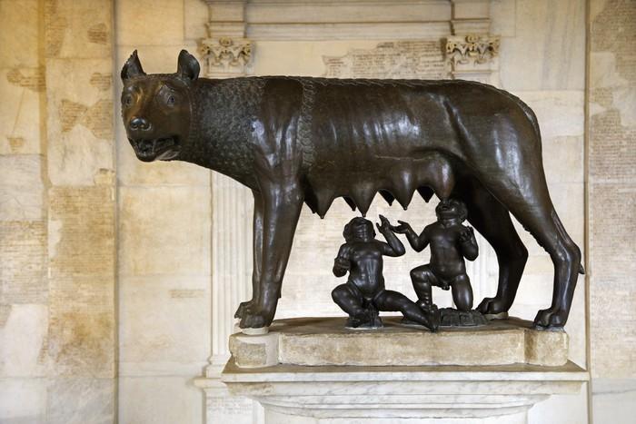 Vinylová Tapeta Socha Capitoline Wolf, Romulus a Remus - Prázdniny