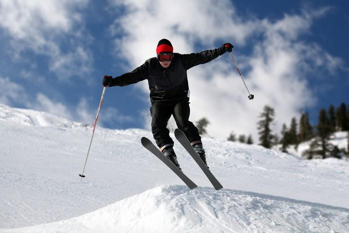 Nálepka Pixerstick Lyžař na lyžích - Snowboard a lyžování