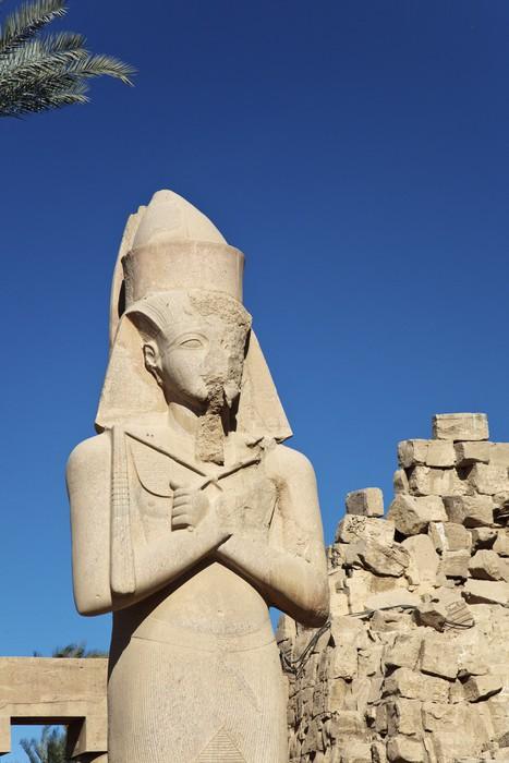 Vinylová fototapeta Znetvořil Socha u vchodu do chrámu v Karnaku - Vinylová fototapeta