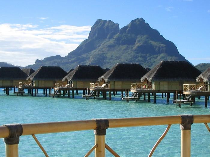 Vinylová Tapeta Bora Bora nad vodou bungalovy - Oceánie