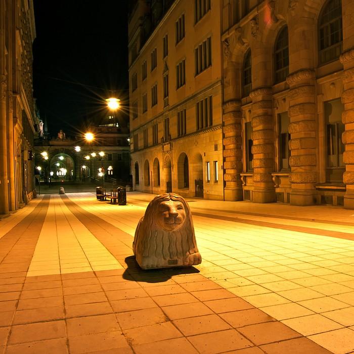 Vinylová Tapeta Rue à Stockholm de nuit - Evropa