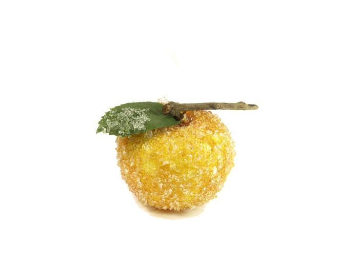 Vinylová Tapeta Zmrazené jablko na bílém - Mezinárodní svátky