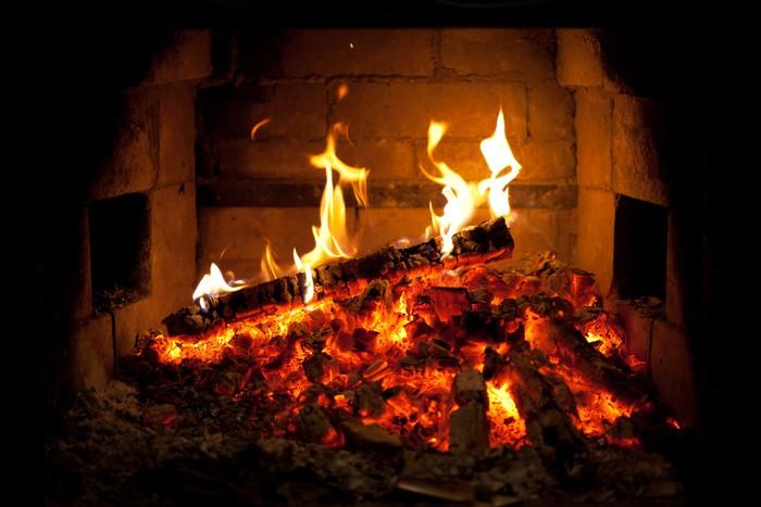 fototapete brennende feuer im kamin pixers wir leben um zu ver ndern. Black Bedroom Furniture Sets. Home Design Ideas