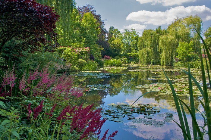 jardin de claude monet giverny wall mural pixers we live to change. Black Bedroom Furniture Sets. Home Design Ideas