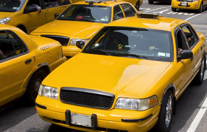 Yellow taxis in New York City Wall Mural Pixers We live to change