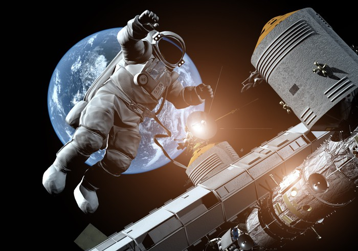 The astronaut Wall Mural • Pixers® • We live to change
