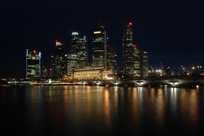 Vinylová Tapeta Singapore v noci - Asijská města