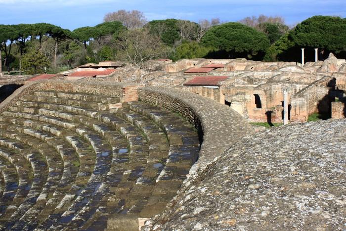 Vinylová Tapeta Detail antického amfiteátru v Ostia Antica - Památky