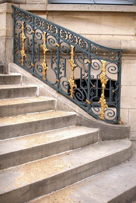 Papier peint Rampe d\'escalier de château • Pixers® - Nous vivons ...
