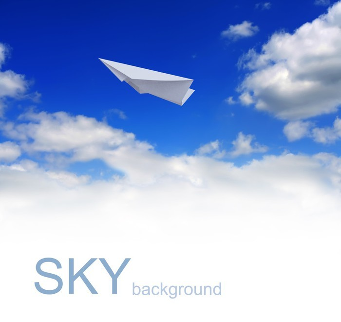 Vinylová Tapeta Papír letadla na modré obloze - Nebe