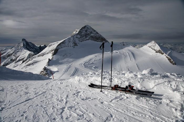 Carta da parati sci montagna pixers viviamo per il for Carta da parati per casa in montagna