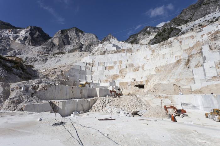 Vinylová Tapeta Mramorové jeskyně Carrara - Hory