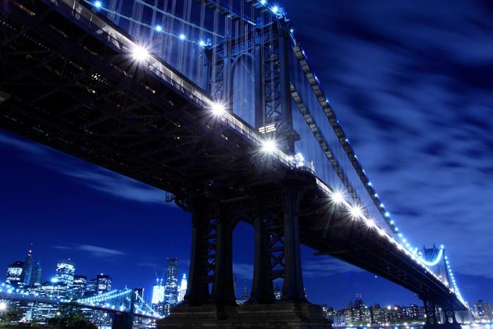 Vinylová Tapeta Manhattan Bridge At Night Lights, New York City - New York