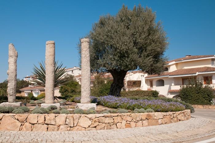 Vinylová Tapeta Sardinia, Itálie: Pohled na vesnici Porto Rotondo - Prázdniny