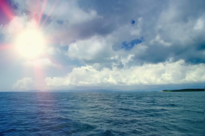 Vinylová Tapeta Krásné moře a mraky nebe - Roční období