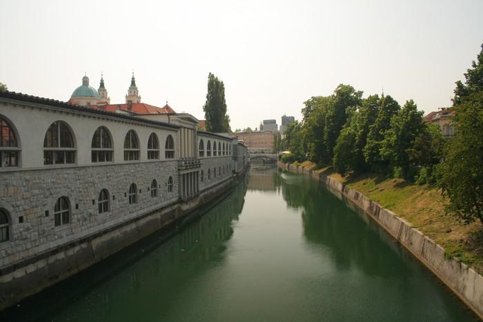 Vinylová Tapeta Ljublana River - Město