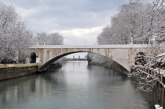 Vinylová Tapeta Riversky most přes řeku Soči - Voda