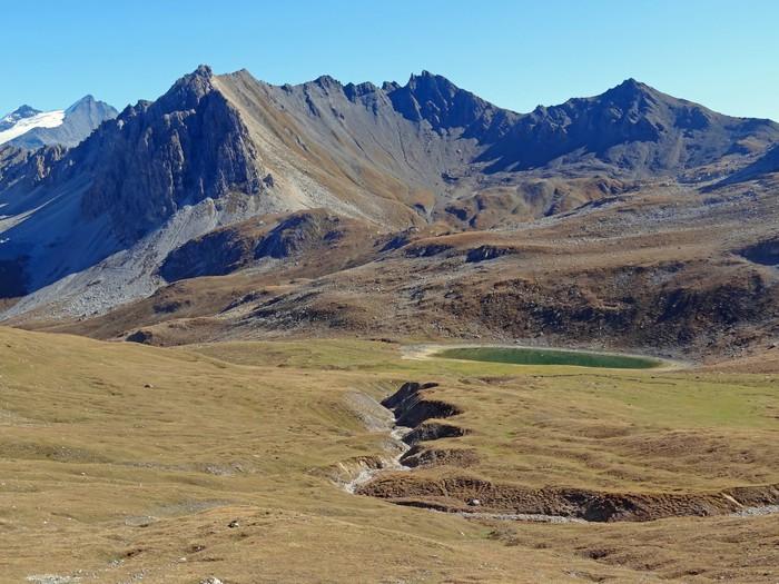 Vinylová Tapeta Pointe du Chardonnet (2870 m) et lac Verdet - Evropa