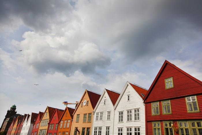 fototapete historische h lzerne h user in bergen norwegen pixers wir leben um zu ver ndern. Black Bedroom Furniture Sets. Home Design Ideas