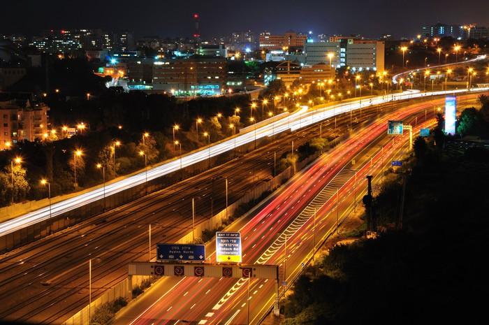 Vinylová Tapeta Tel-Aviv v noci. Dlouhý čas závěrky výstřel. - Město