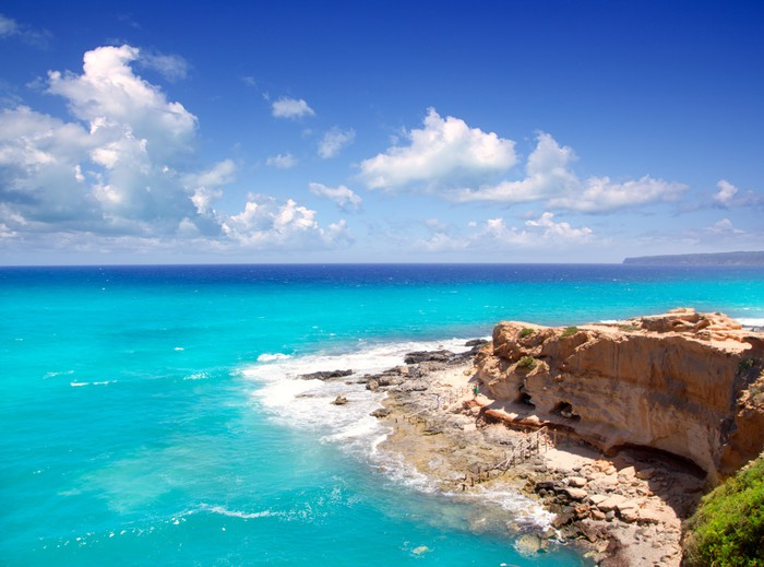 Vinylová Tapeta Cala en Baster v Formentera horách - Evropa
