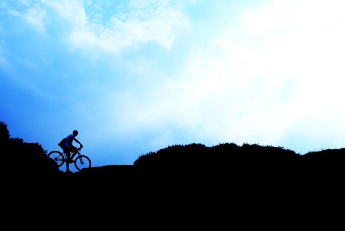Vinylová Tapeta Jízda na horském kole - Individuální sporty