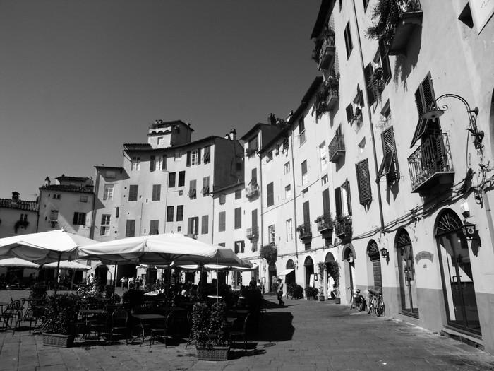 Vinylová Tapeta Piazza Anfiteatro, Lucca - Evropa