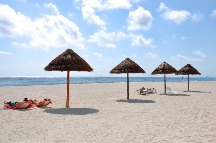 Vinylová Tapeta Spiaggia di cancun - Amerika