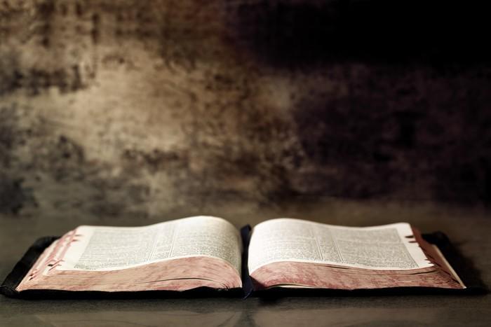 Vinylová Tapeta Open Bible - Náboženství