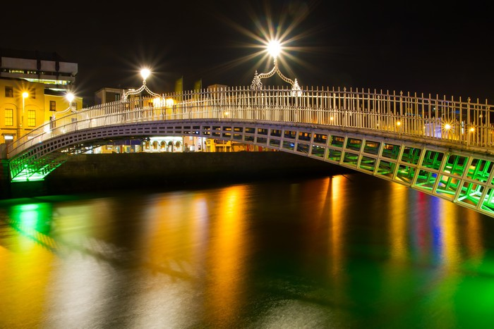 The ha 39 penny bridge in dublin at night ireland wall mural for Dublin wall mural