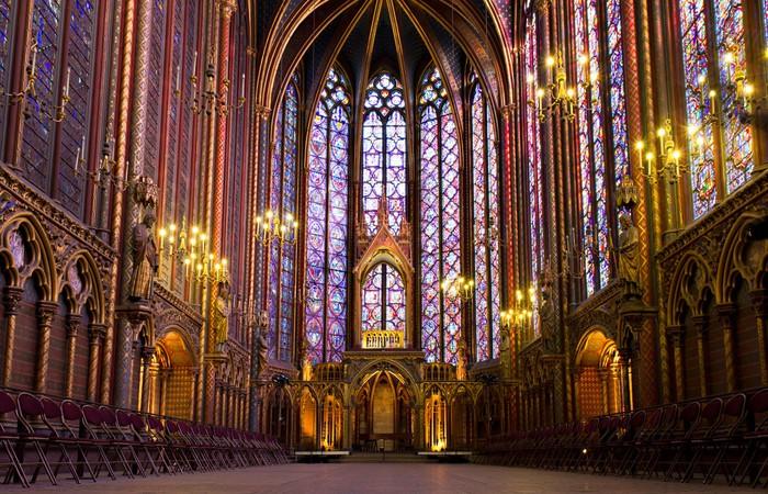 Illuminated Interior Of The Sainte Chapelle Paris France Pixerstick Sticker
