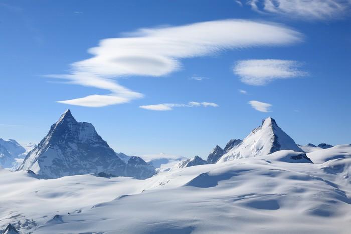 Vinylová Tapeta Matterhorn a cloud formace - Outdoorové sporty