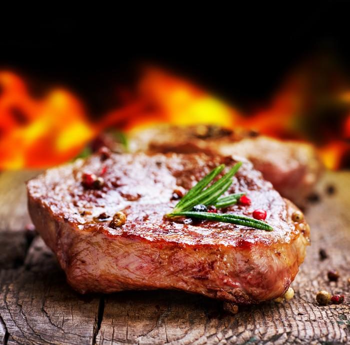 Vinylová Tapeta Grilovaný steak. Rožeň - Do restaurace