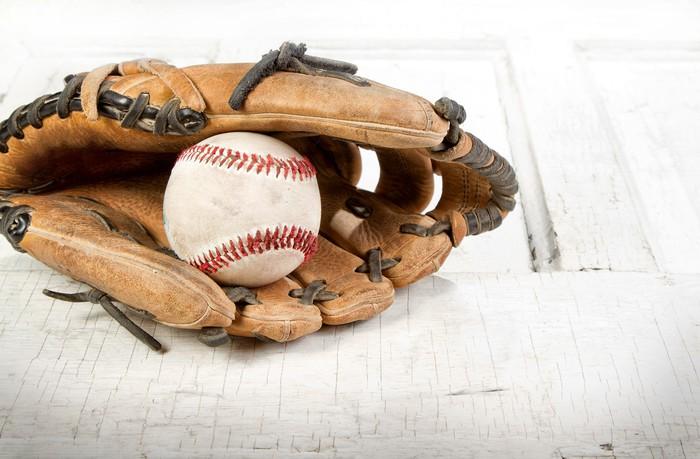 Vinylová Tapeta Baseball a Mitt - Sportovní potřeby
