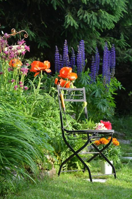 Vinylová Tapeta Barevné květinový květiny zahradní židle - Soukromé budovy