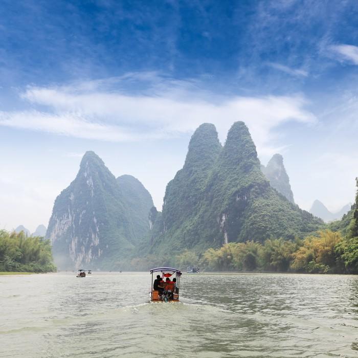 Vinylová Tapeta Krásné scenérie řeky Lijiang - Lodě